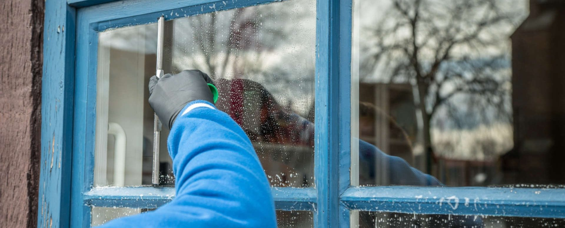 Window cleaning tips and tricks step by step